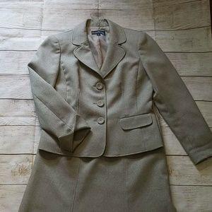 EVAN-PICONE tan two-piece skirt suit